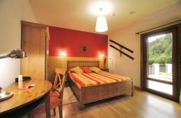 HAb 22-Irati - Hoteles Selva de Irati - Hotel Rural Besaro - Ochagavia - Navarra.