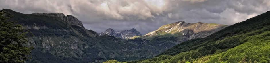 Montañas - Irati - Hoteles Selva de Irati - Hotel Rural Besaro - Ochagavia - Navarra.