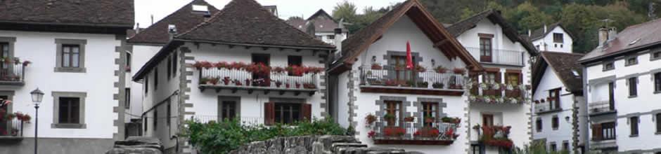 Pueblos -Irati - Hoteles Selva de Irati - Hotel Rural Besaro - Ochagavia - Navarra.
