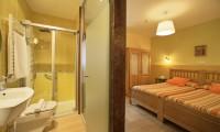 HAb 21-Irati - Hoteles Selva de Irati - Hotel Rural Besaro - Ochagavia - Navarra.