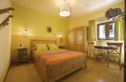 HAb 24-Irati - Hoteles Selva de Irati - Hotel Rural Besaro - Ochagavia - Navarra.