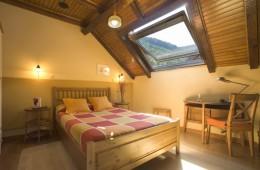 Habitación 34 Abuhardillada Hotel Rural Besaro - Selva de Irati